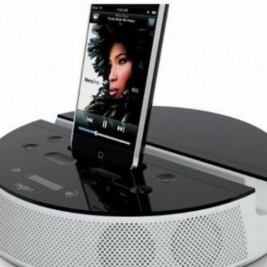 ReNu Solar Powered Audio Dock for iPod and iPhone