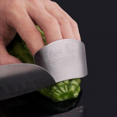 Deluxe Heavy Duty Finger Guard for Slicing/Dicing