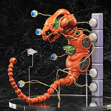 FREEing R-Type: Dobkeratops Figma Action Figure