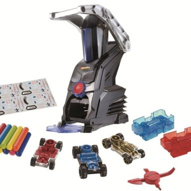 Hot Wheels Toys R Us Car Maker