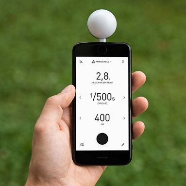 Lumu Power Color & Light Meter iPhone Attachment