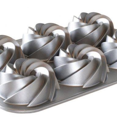 Nordic Ware Mini Heritage Bundt Pan