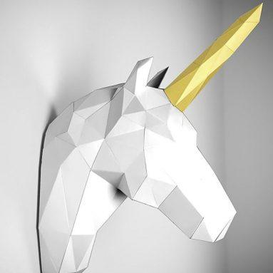 Papertrophy unicorn white & gold