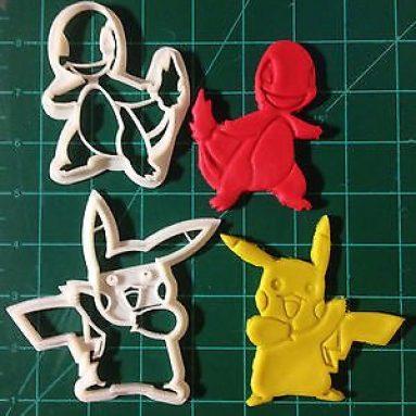 Pokemon Pikachu & Charmander cookie cutter