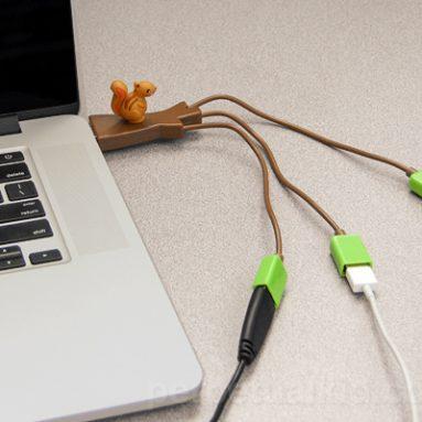 SQUIRREL USB HUB