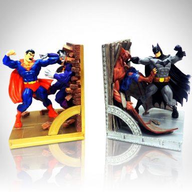 SUPERMAN vs BATMAN Limited Edition Bookend