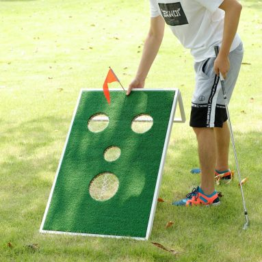 Smiling Face Golf Cornhole Game with Chipping Mats Tailgate Chipping Game Set