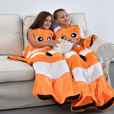 The best gadgets shopping guide part 183 for Snuggie tails clown fish