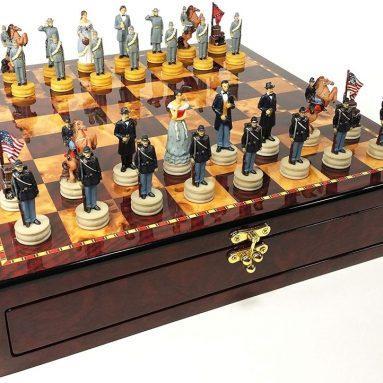 US American Civil War Queens Chess Set