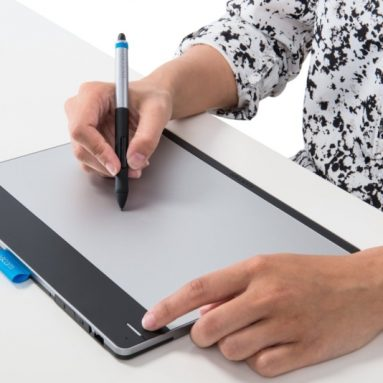 Wacom Intuos Pen and Touch Medium Tablet