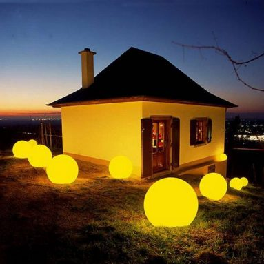 Waterproof RGBW Globe Lamp Color Changing Rechargeable LED Ball