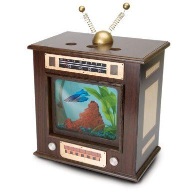 Old Fashioned Radio Aquarium
