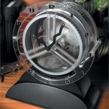 Rat Race Action Clock