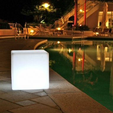 Outdoor LED Light Cube 17″