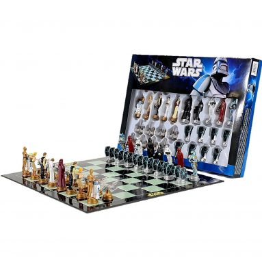 Star Wars Classic 3D Chess Set / Game