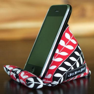 PodPillow iPod/Mobile Device Stand