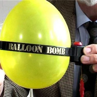 Balloon like a bomb clock