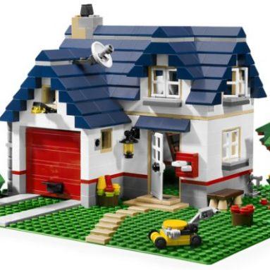 LEGO Creator Apple Tree House