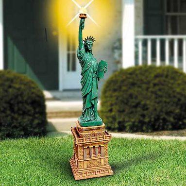 Statue of liberty solar light