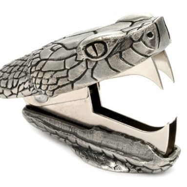 Animal staple remover