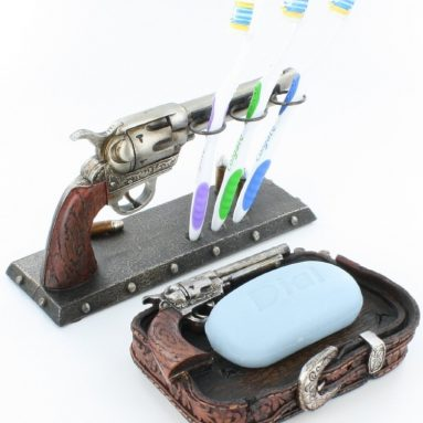 Toothbrush Holder & Soap Dish Western Pistol Gun Decor