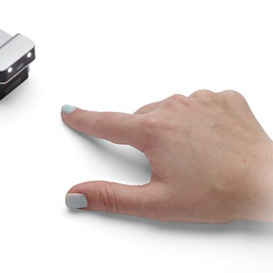 evoMouse Touchpad from Celluon Color