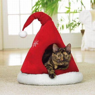 Santas Hat Shaped Christmas Pet Bed